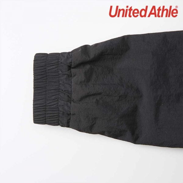 United Athle 7210-01 棉花狀尼龍運動企領風褸(有內裹)